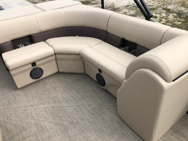 2021 Bentley boat for sale, model of the boat is 243 Fish & Image # 22 of 29