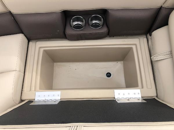 2021 Bentley boat for sale, model of the boat is 243 Fish & Image # 24 of 29