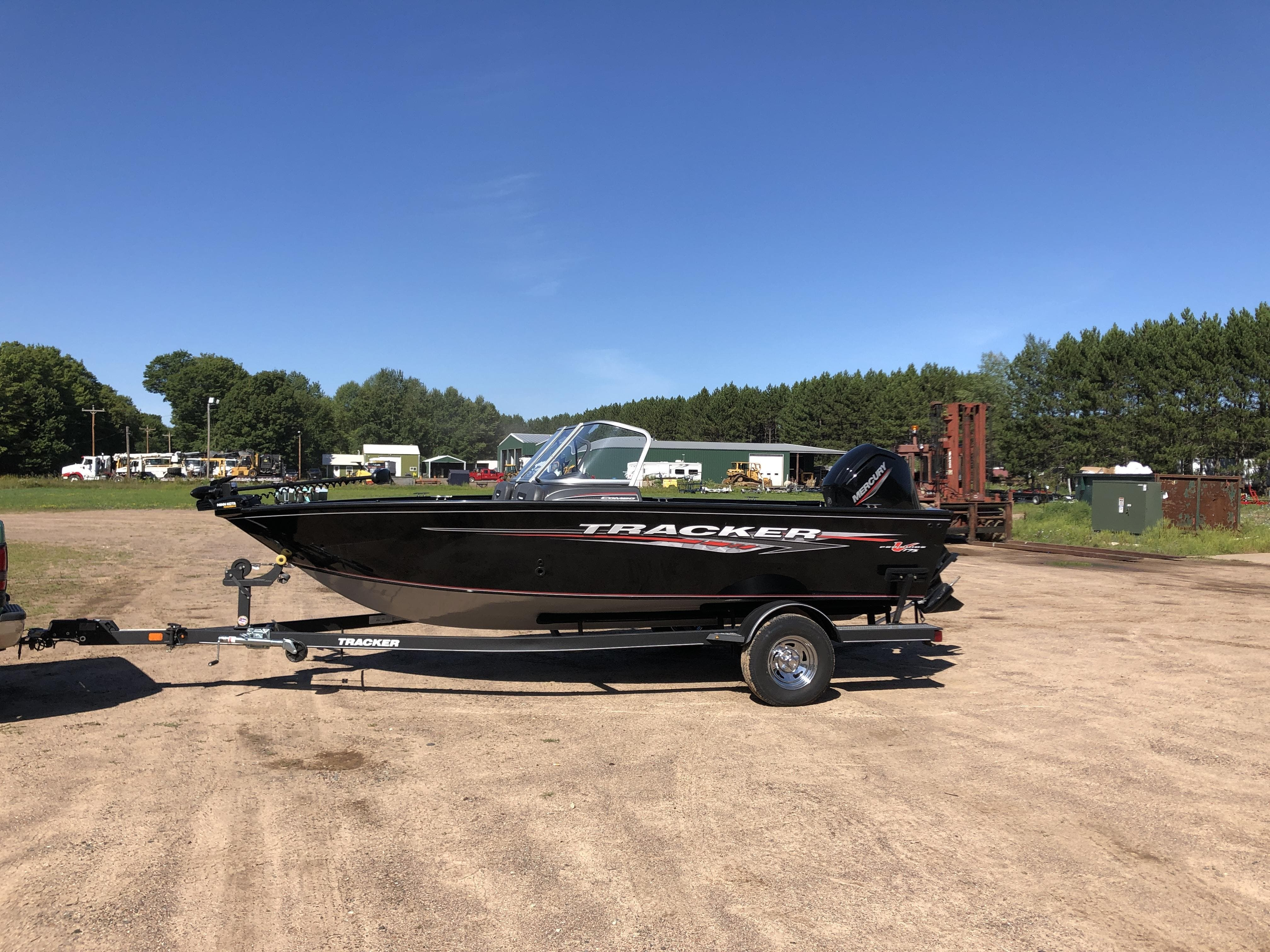 2021 Tracker Boats boat for sale, model of the boat is pro guide & Image # 4 of 20