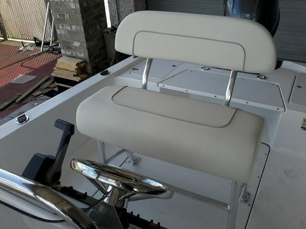 2017 Sportsman Boats boat for sale, model of the boat is 20' Island Bay & Image # 3 of 7