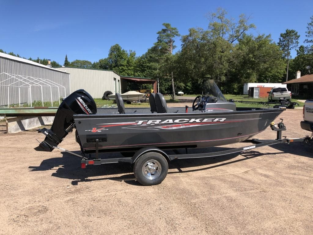 2020 Tracker Boats boat for sale, model of the boat is pro guide & Image # 1 of 14