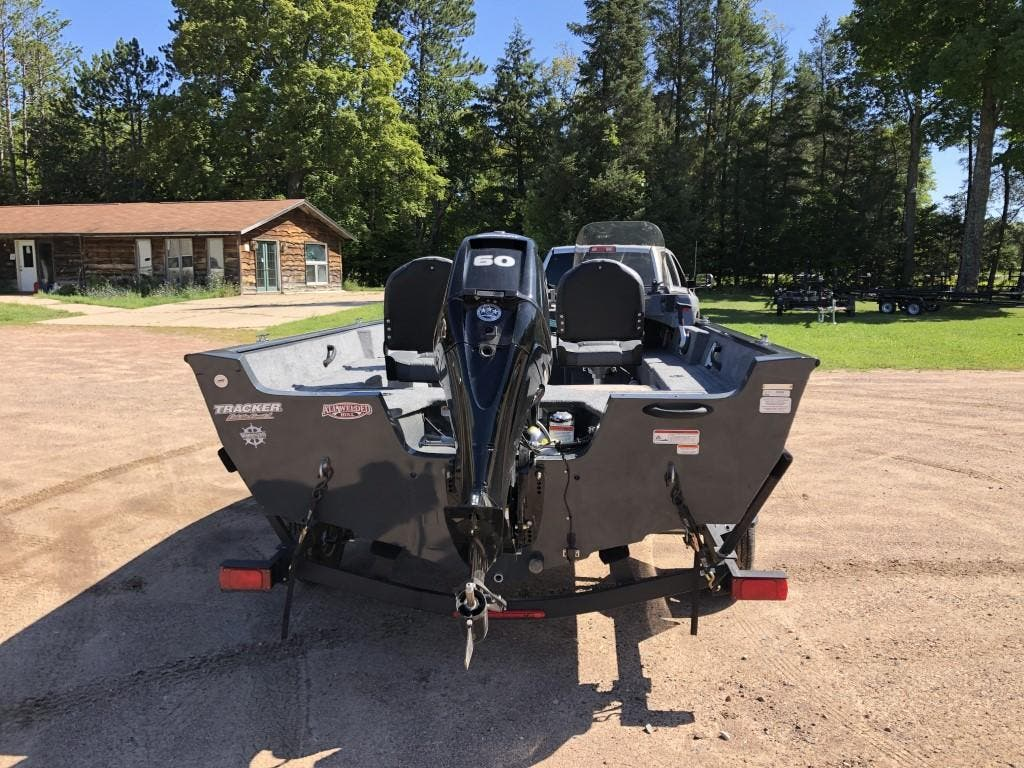 2020 Tracker Boats boat for sale, model of the boat is pro guide & Image # 3 of 14