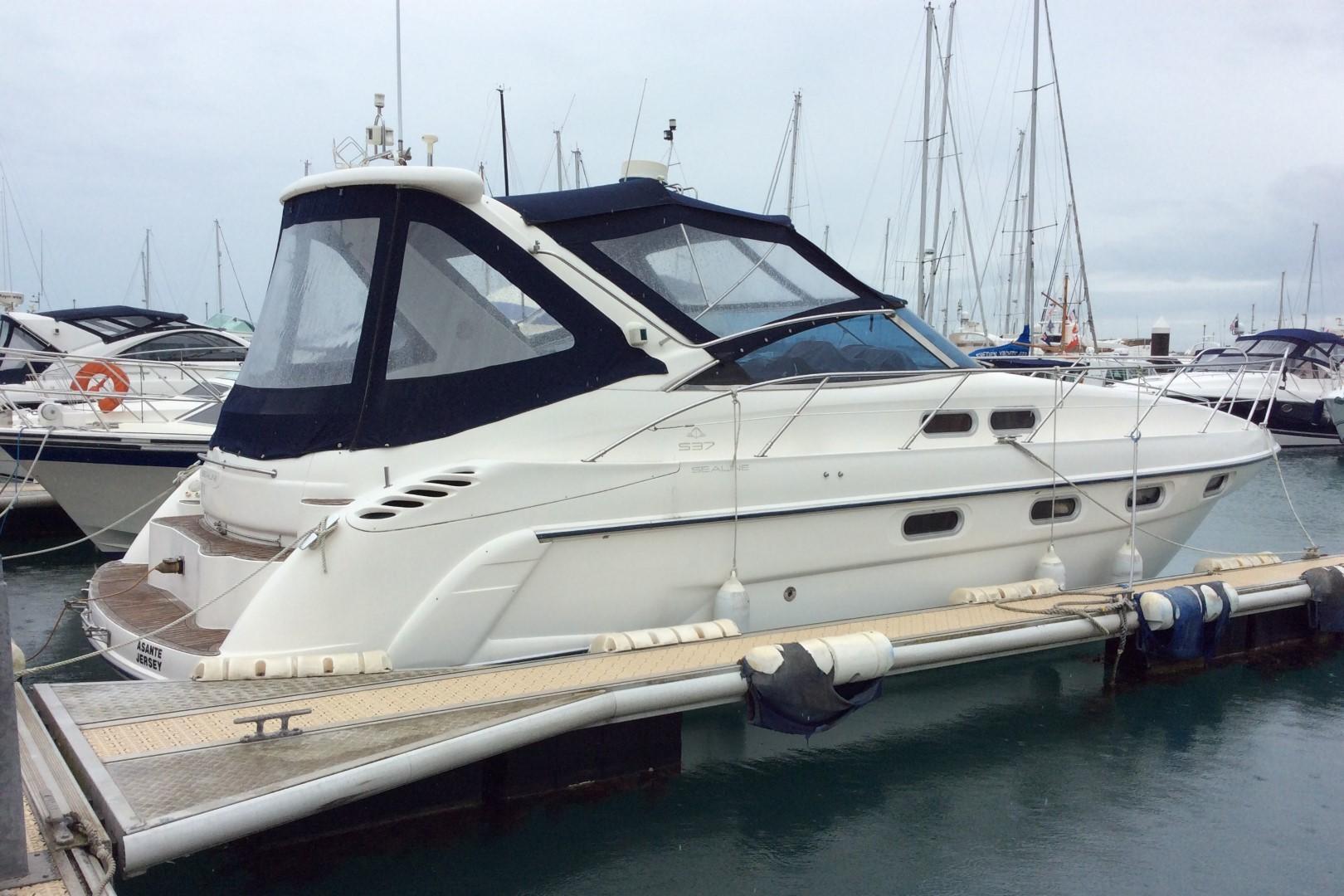 Sealine S37 Sports Cruiser