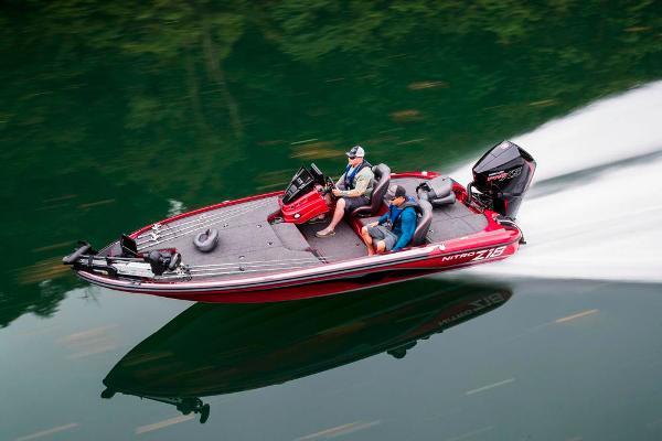2020 Nitro boat for sale, model of the boat is Z18 & Image # 4 of 54