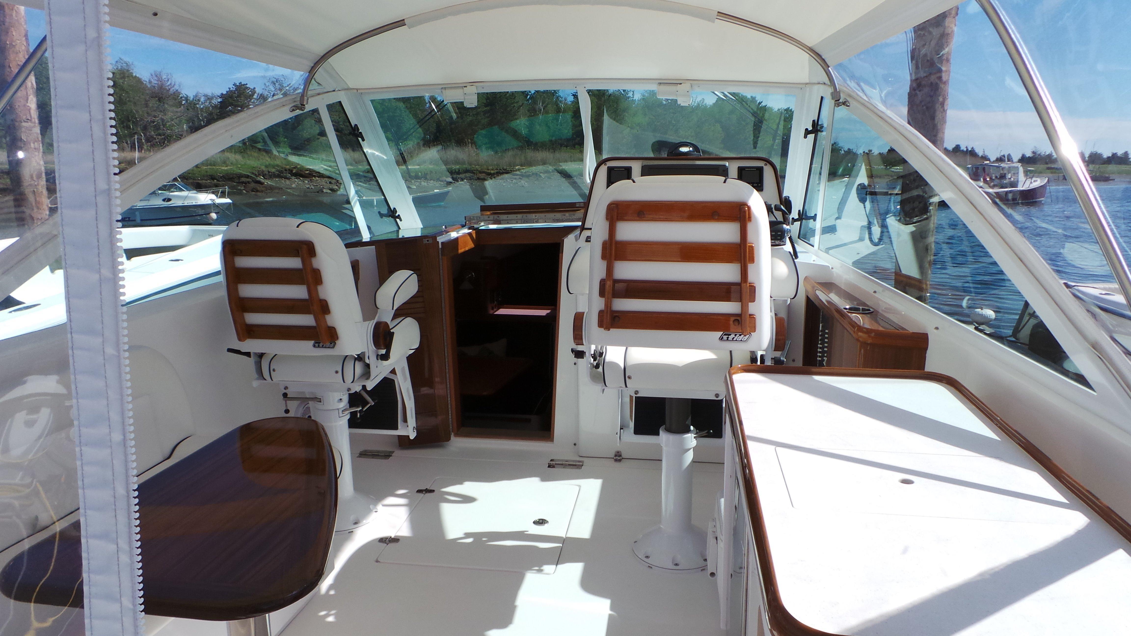 Hunt YachtsHarrier 36