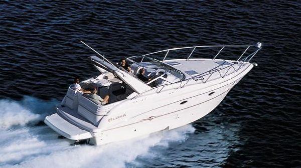 Larson 330 CABRIO Express Cruiser. Listing Number: M-3703741