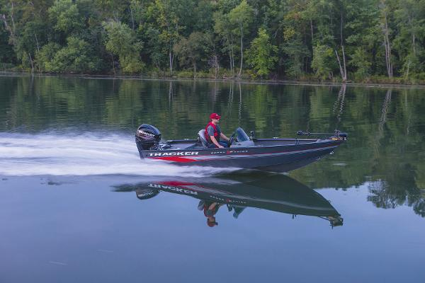 2015 Tracker Boats boat for sale, model of the boat is Super Guide V-16 SC & Image # 24 of 24