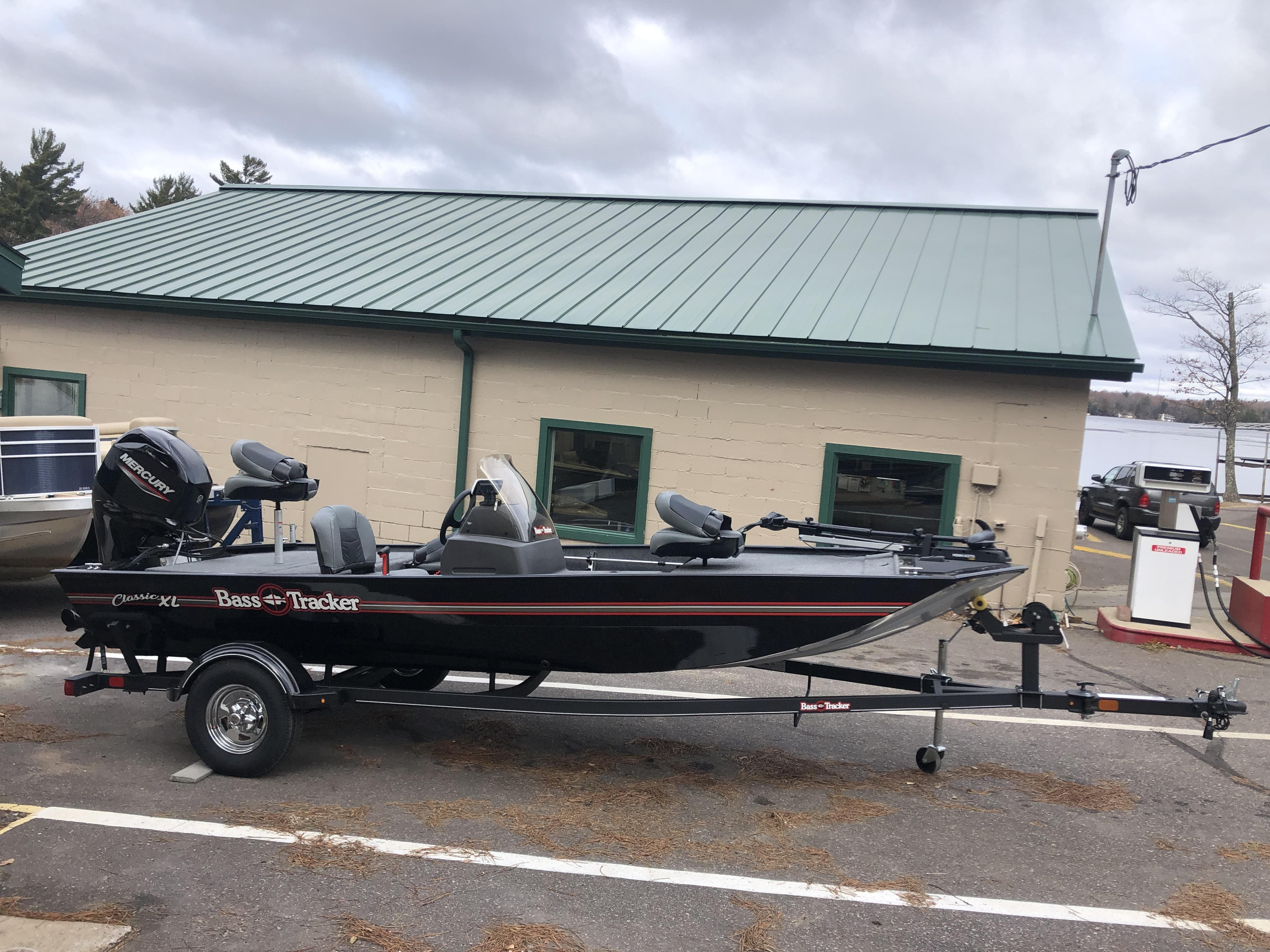 2021 Tracker Boats boat for sale, model of the boat is Bass Tracker & Image # 2 of 10