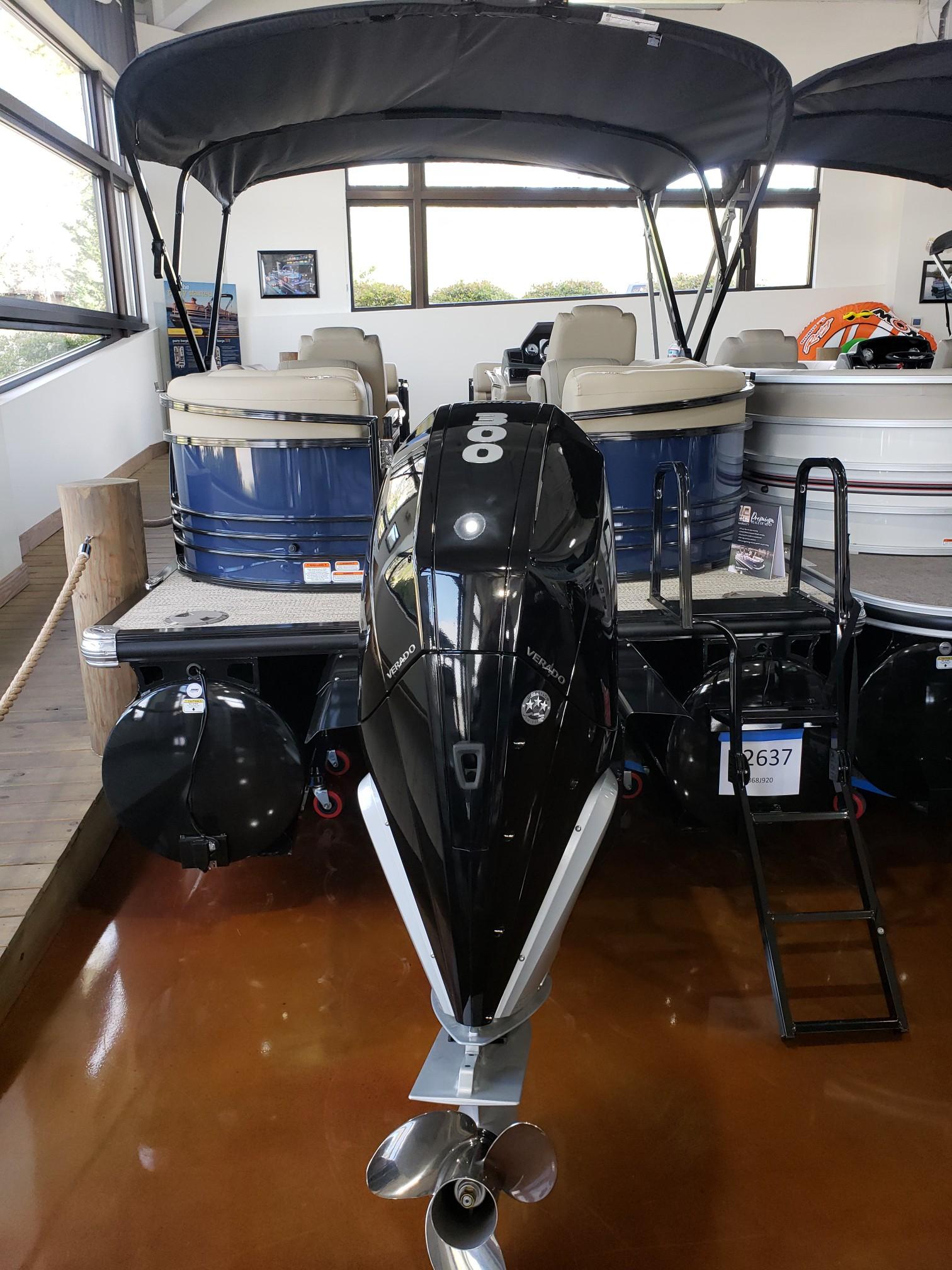 2020 Regency boat for sale, model of the boat is 250 LE3 w/300L Verado & Image # 13 of 27