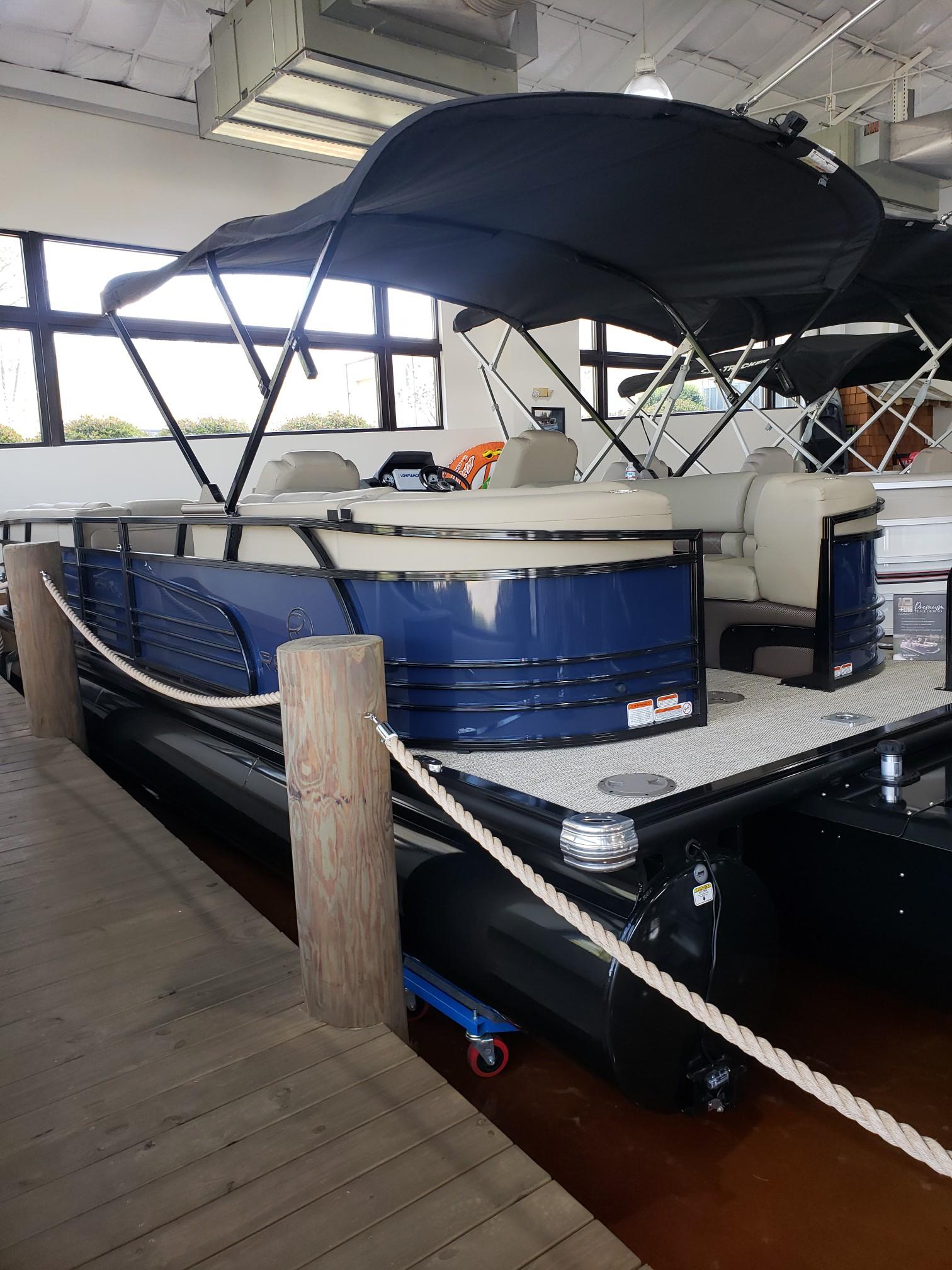 2020 Regency boat for sale, model of the boat is 250 LE3 w/300L Verado & Image # 14 of 27