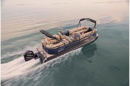 2020 Regency boat for sale, model of the boat is 250 LE3 w/300L Verado & Image # 15 of 27