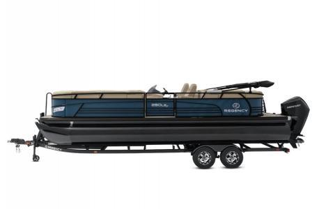 2020 Regency boat for sale, model of the boat is 250 LE3 w/300L Verado & Image # 8 of 27