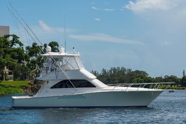 2008 45' Viking Convertible