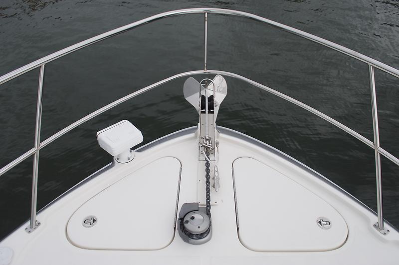 windlass stainless anchor + fresh water wash down
