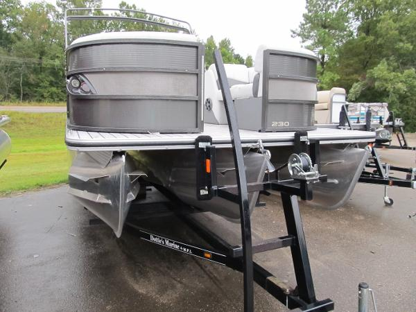 2017 CREST CREST III 230 SLC for sale