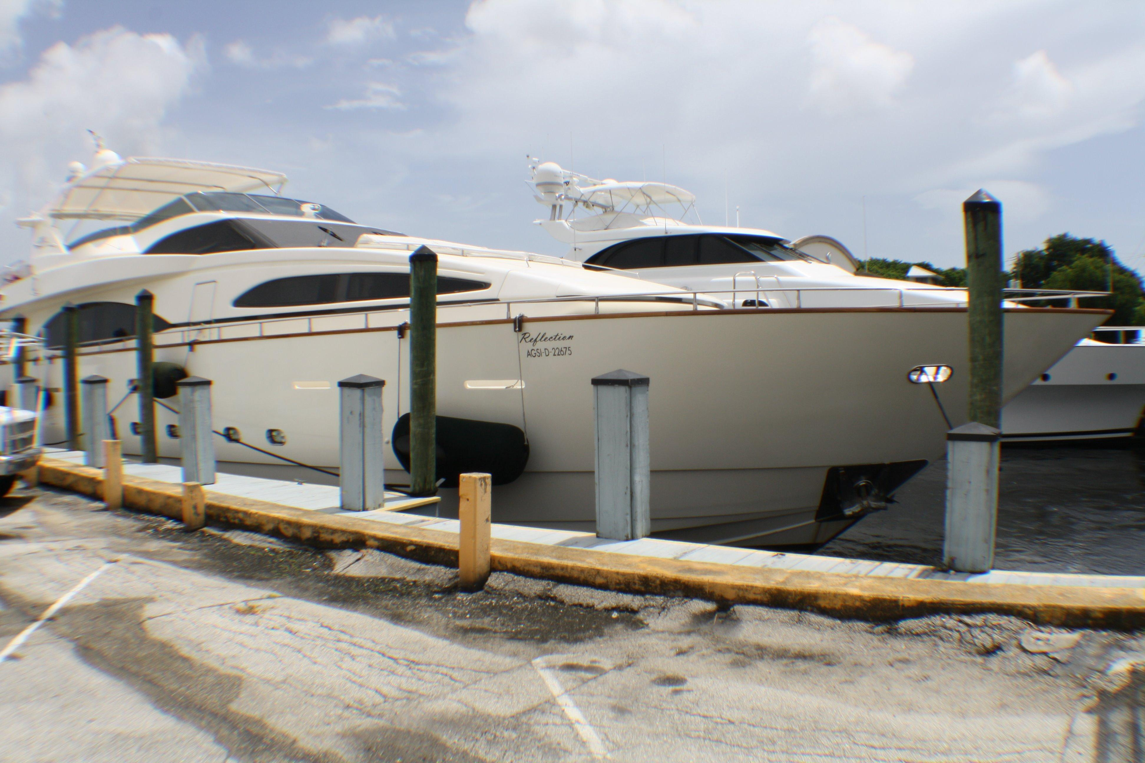 Azimut 100 Jumbo 2004 Starboard