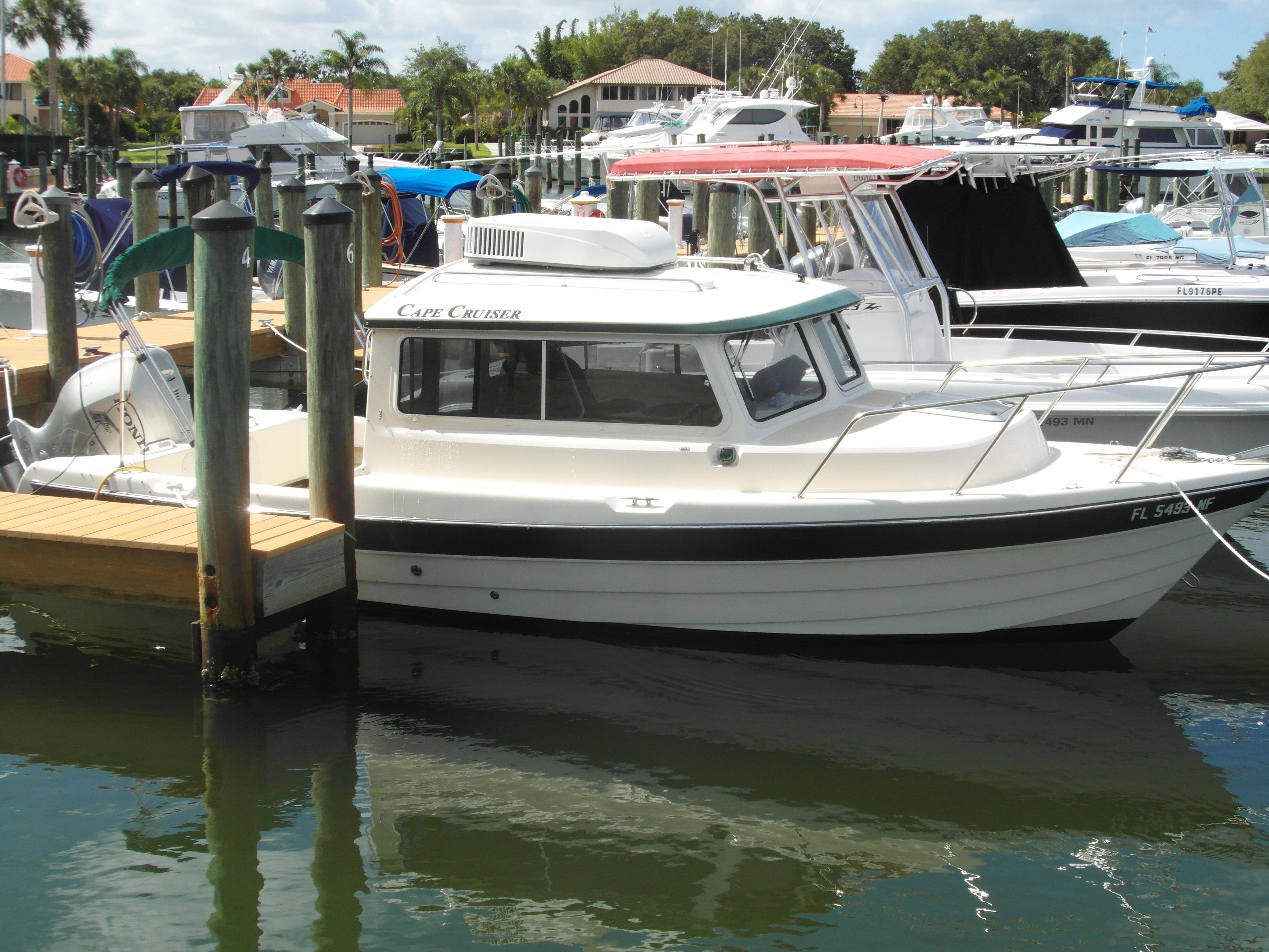 23' Cape Cruiser 2006 23