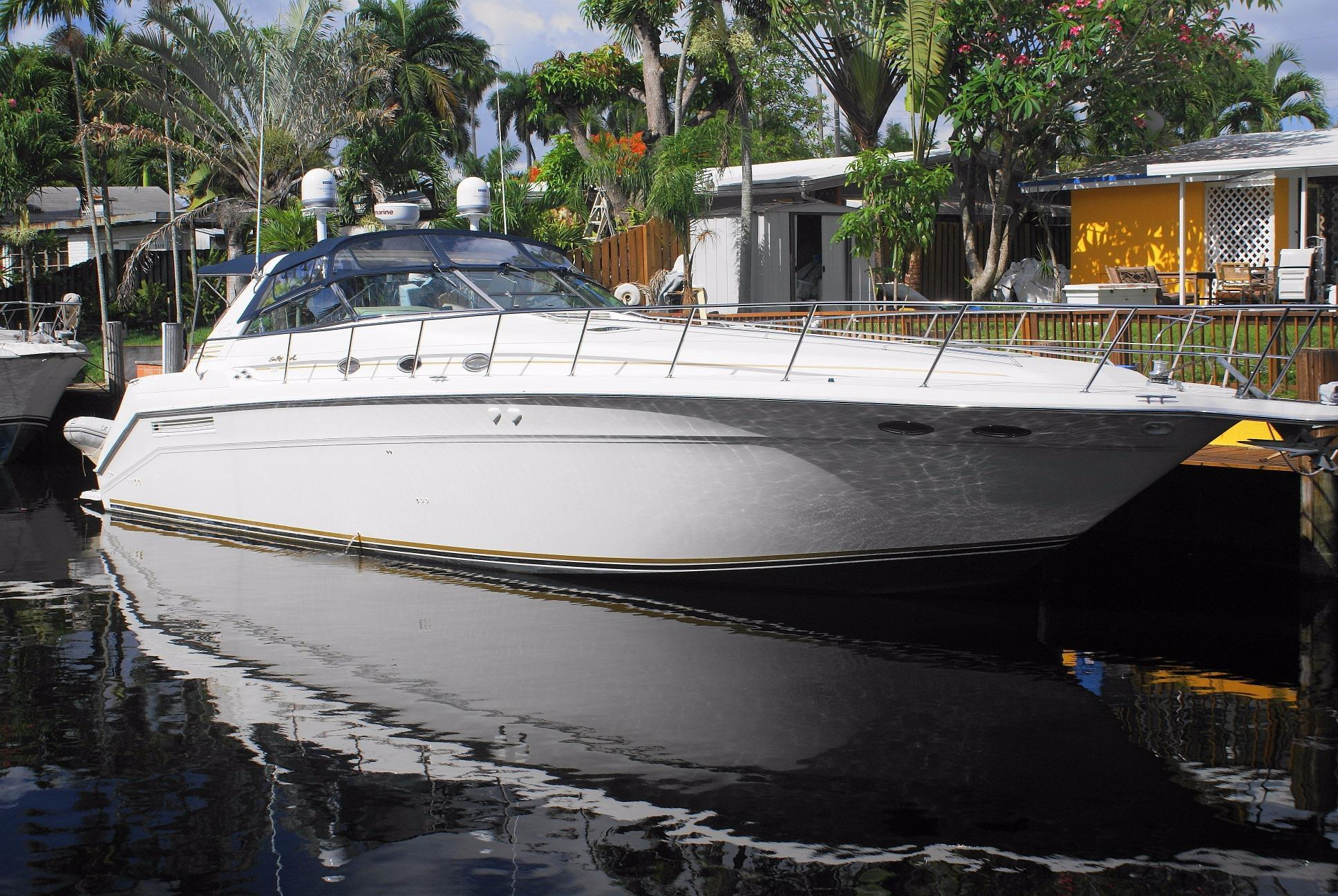 1995 Sea Ray Freshwater 500 Sundancer with Lift