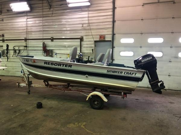 1993 SMOKER CRAFT 15' RESORTER for sale
