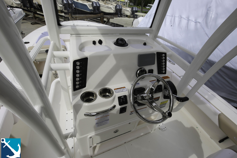 Robalo 246 Cayman SD 2020 6