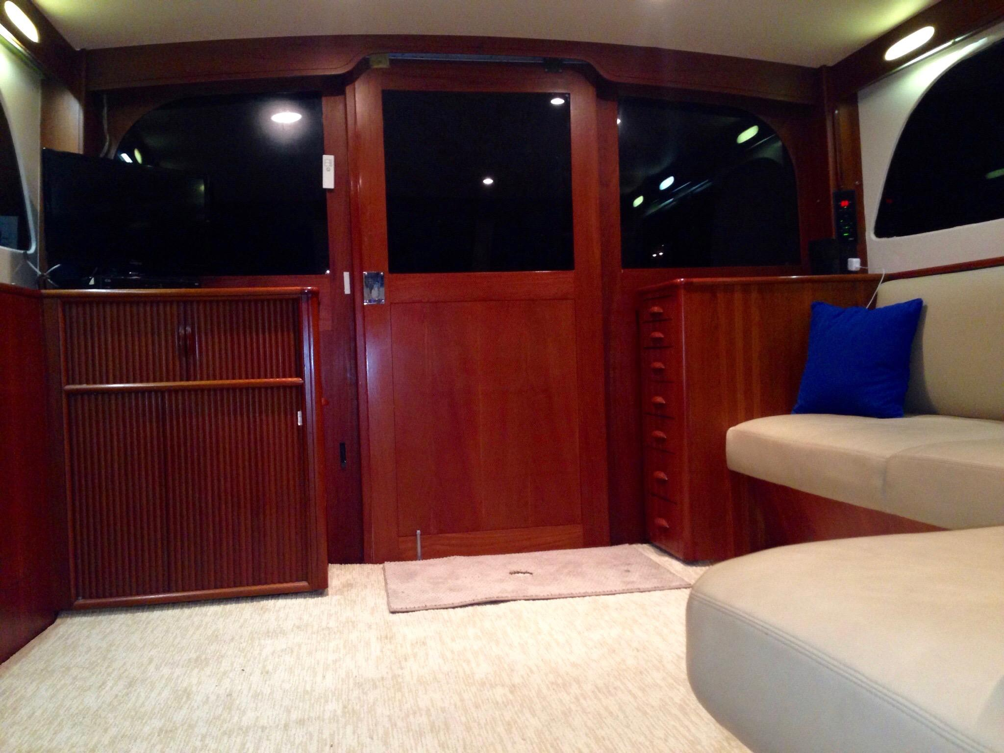 Salon - Looking Aft