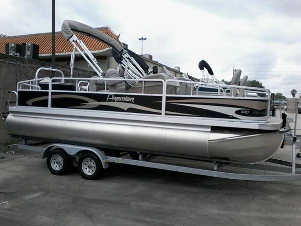 2014 PREMIER PONTOONS NAVIGATOR 220 for sale