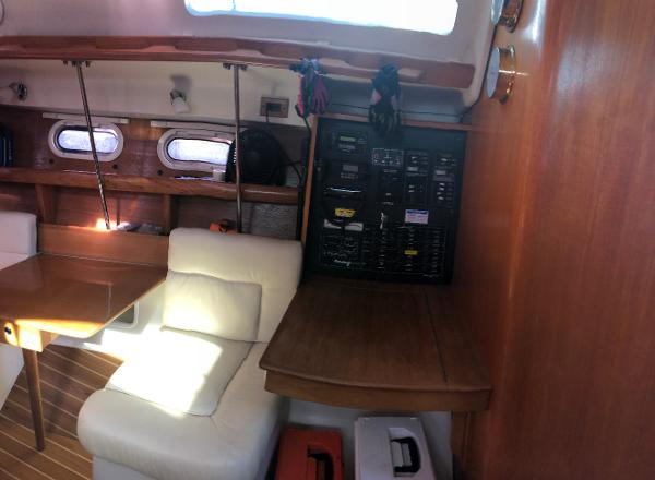 Catalina 387 Brokerage Rhode Island