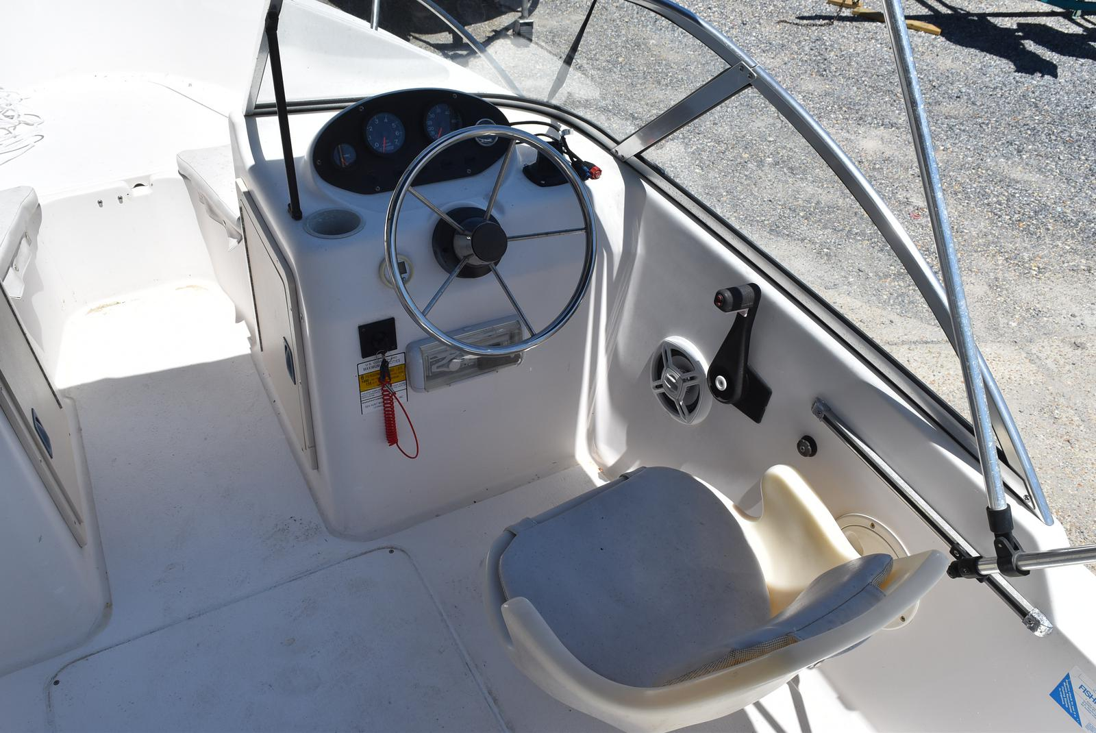 1998 Sea Hunt boat for sale, model of the boat is 172 ESCAPE & Image # 12 of 20