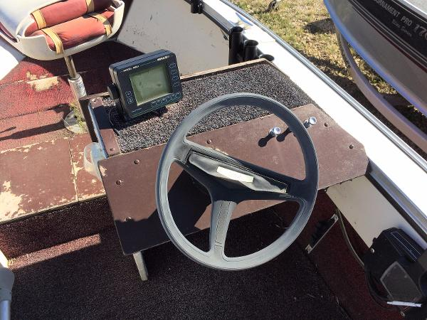1981 Lund boat for sale, model of the boat is Undefined & Image # 8 of 9