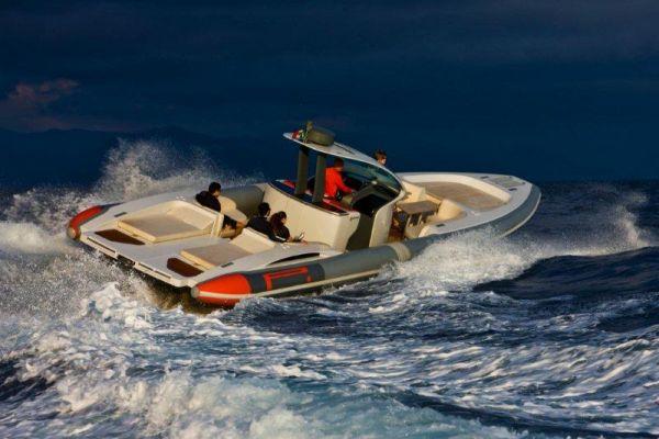 Pirelli PZero 1400 Yacht Edition