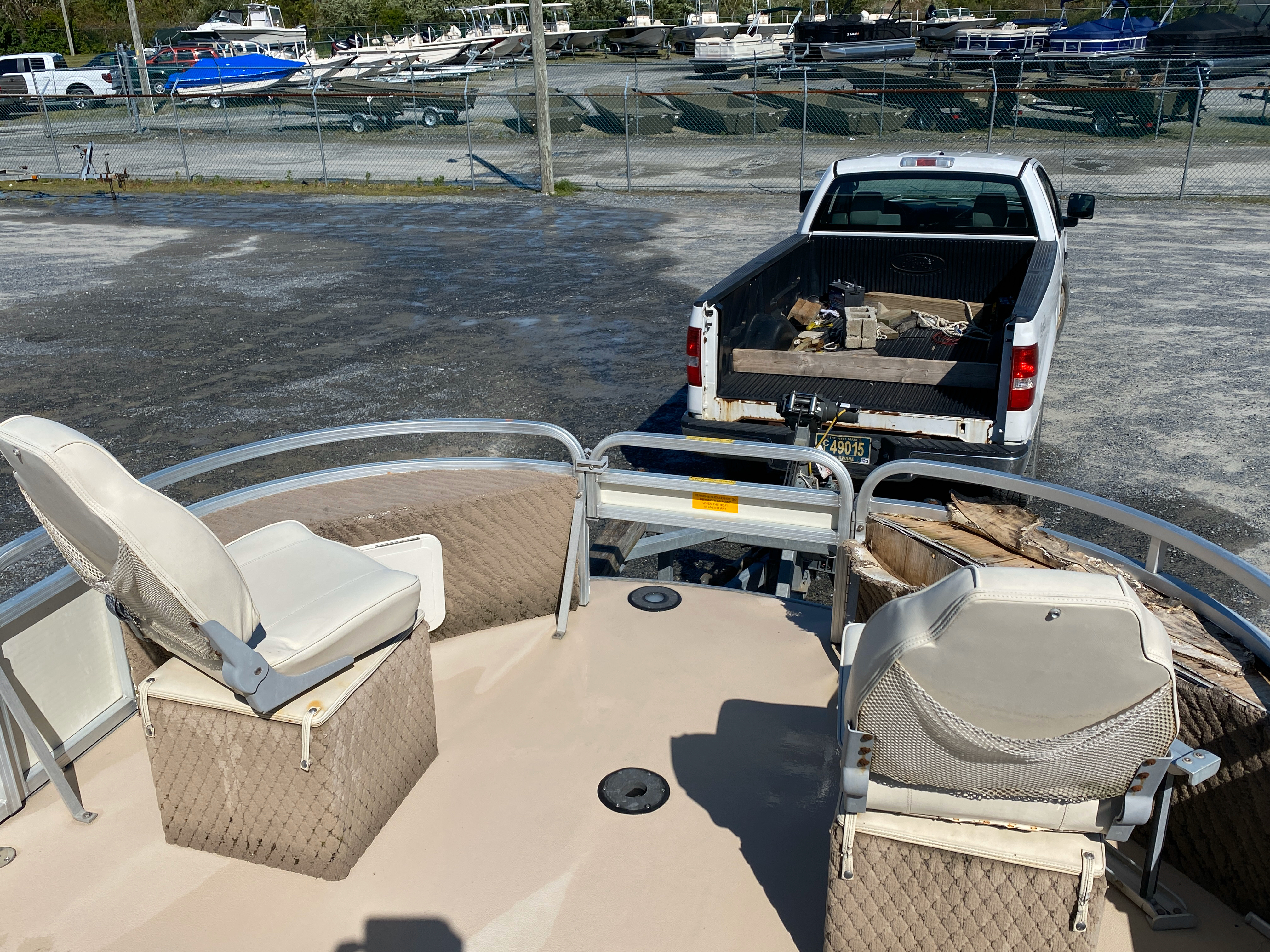 2002 Tahoe boat for sale, model of the boat is Grand Tahoe FNF & Image # 8 of 10