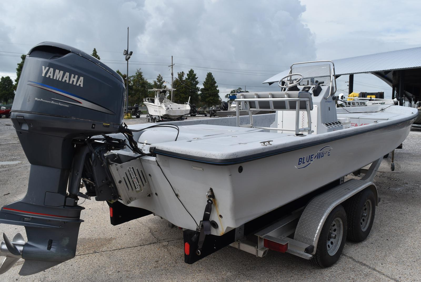 2005 Blue Wave boat for sale, model of the boat is 244 Magnum & Image # 8 of 8