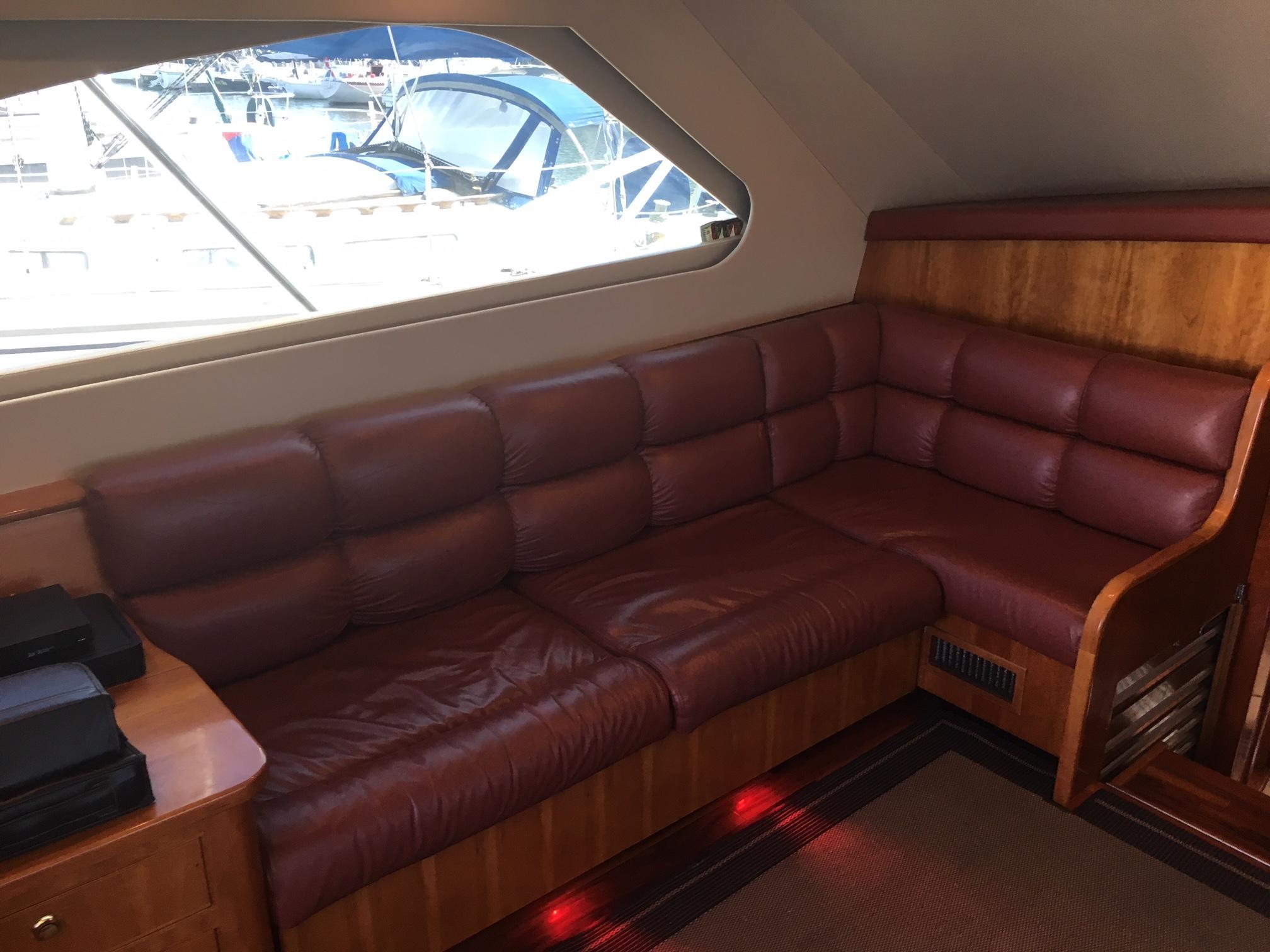 44' Luhrs 44 Convertible 2003 | Seacoast Yachts
