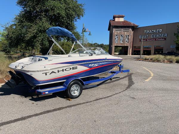 2013 Tahoe boat for sale, model of the boat is Q5SF & Image # 4 of 4
