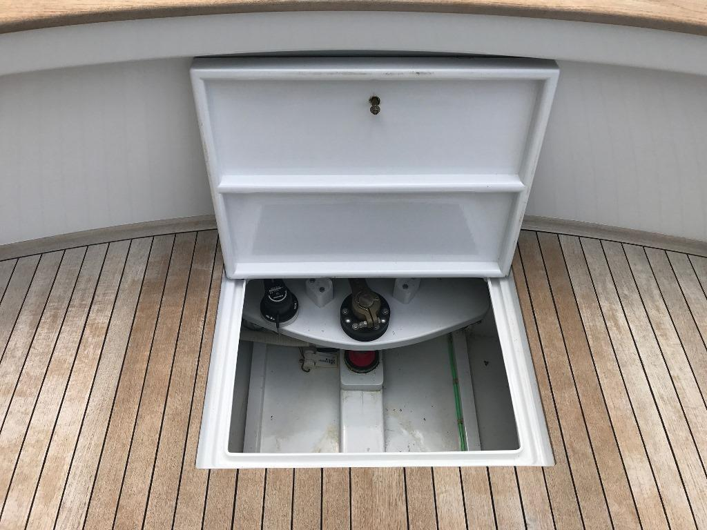 Cockpit Fish Box