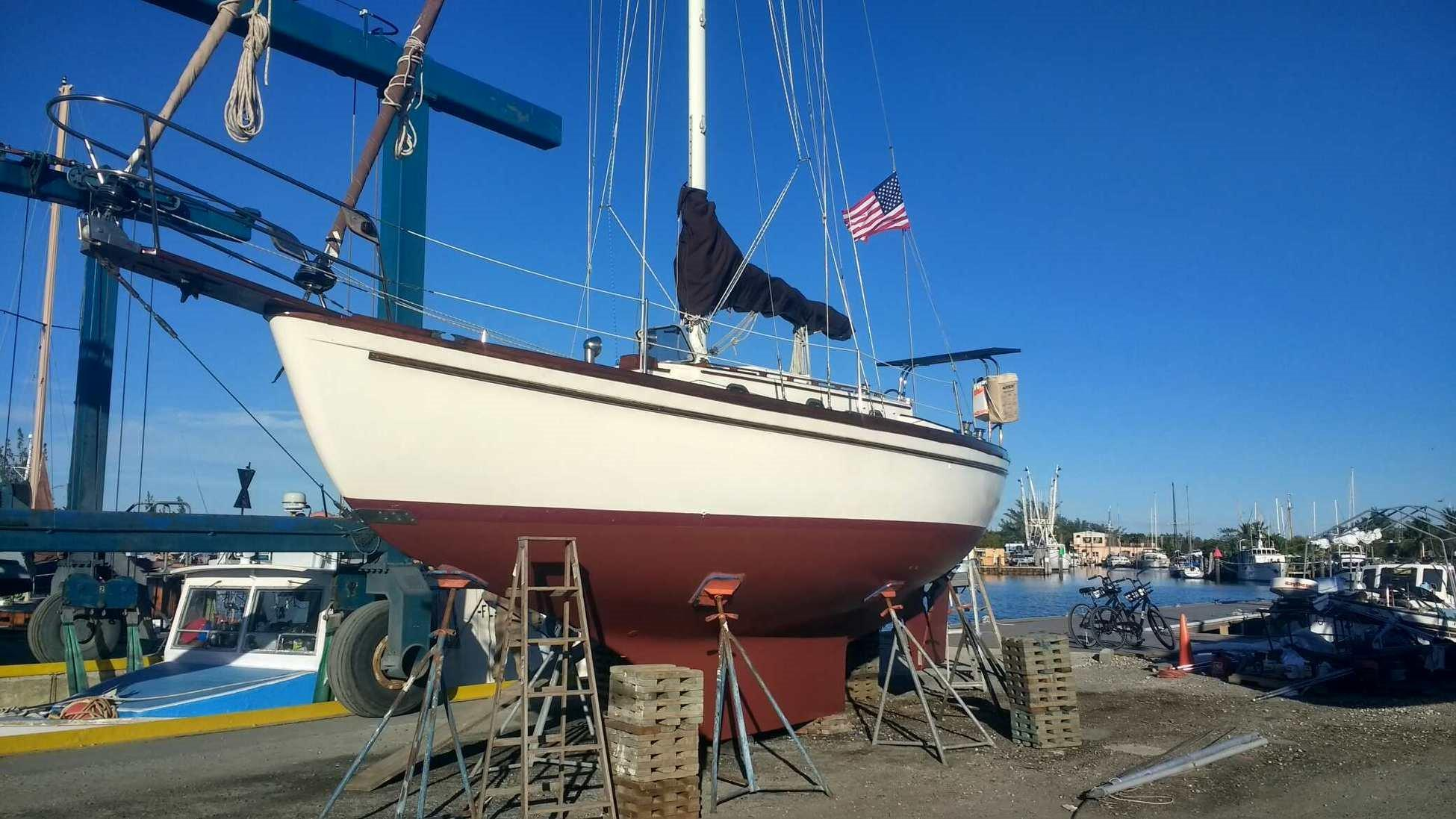 28' Shannon 28 Sloop 1979 New Engine, Classic Beauty