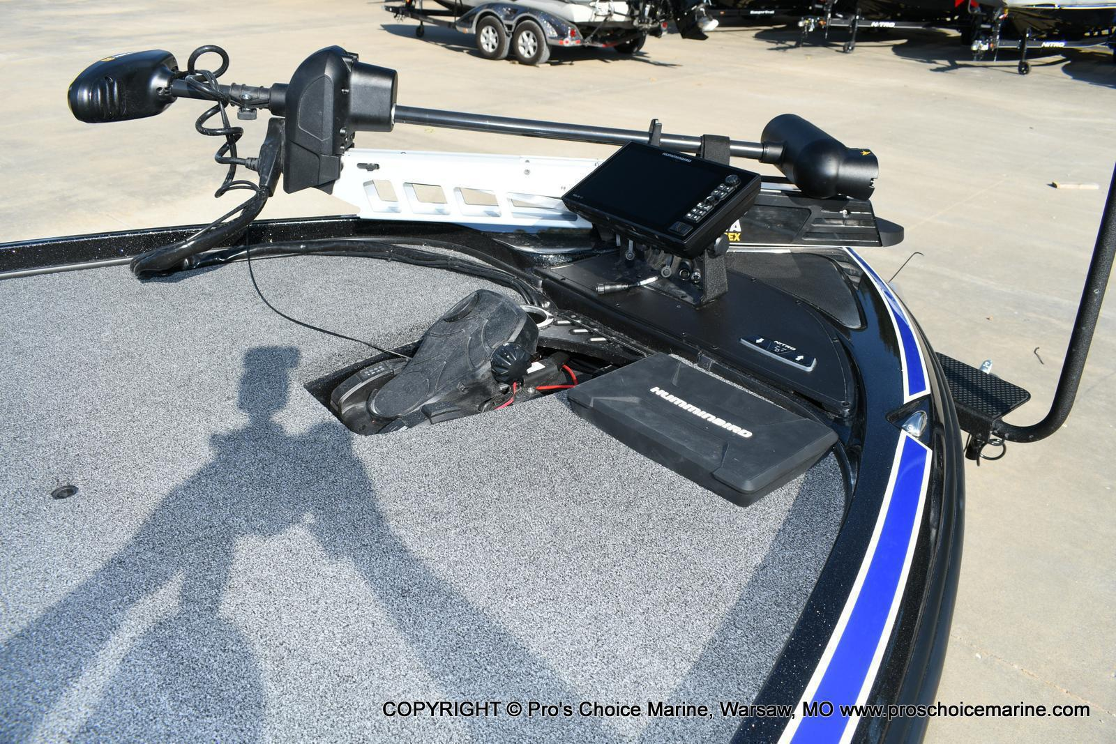 2020 Nitro boat for sale, model of the boat is Z21 Pro Package & Image # 14 of 50