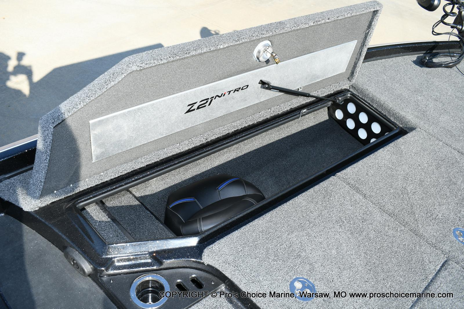 2020 Nitro boat for sale, model of the boat is Z21 Pro Package & Image # 31 of 50