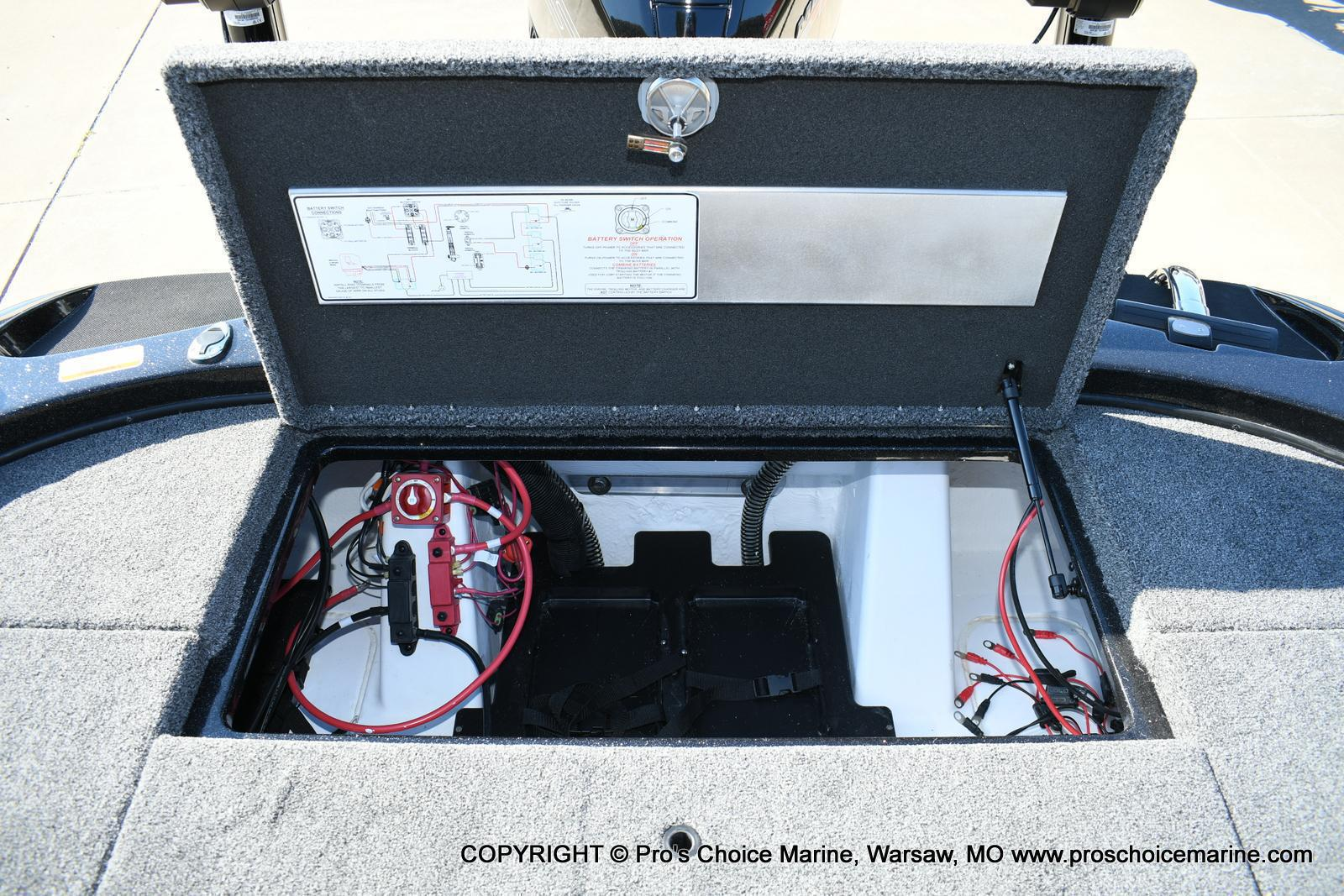 2020 Nitro boat for sale, model of the boat is Z21 Pro Package & Image # 34 of 50