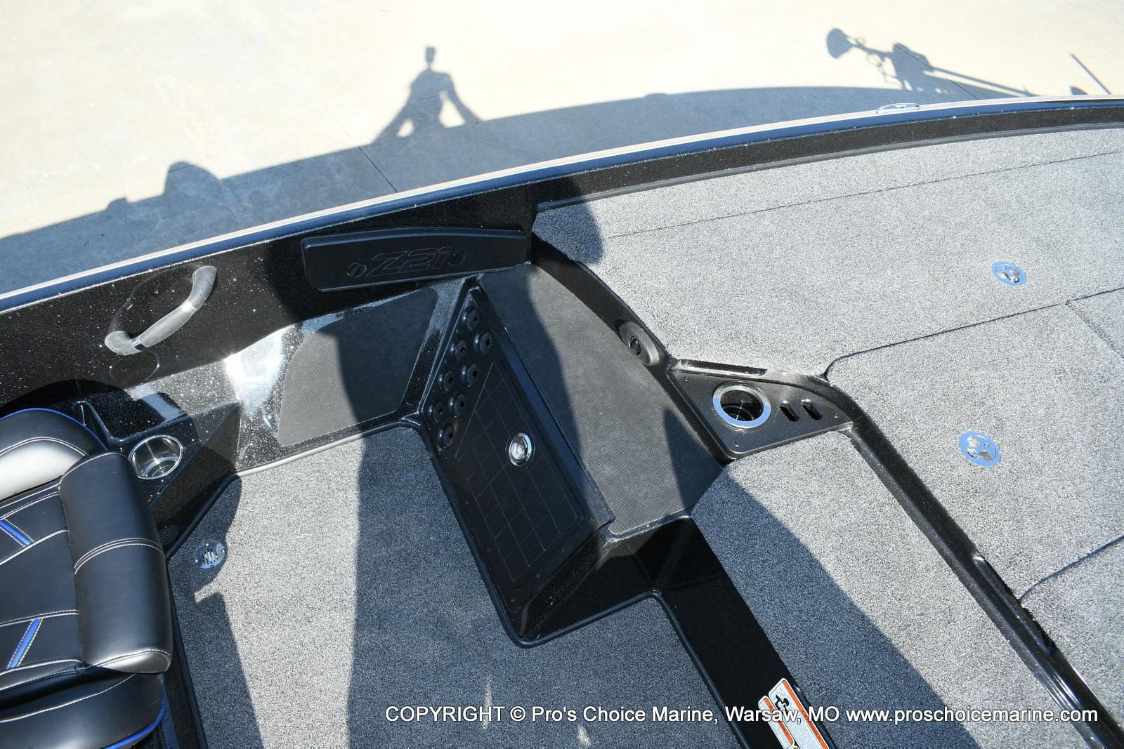2020 Nitro boat for sale, model of the boat is Z21 Pro Package & Image # 43 of 50