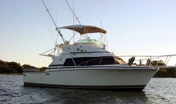 Bertram 33 Sport Fisherman Sports Fishing Boats. Listing Number: M-3783980