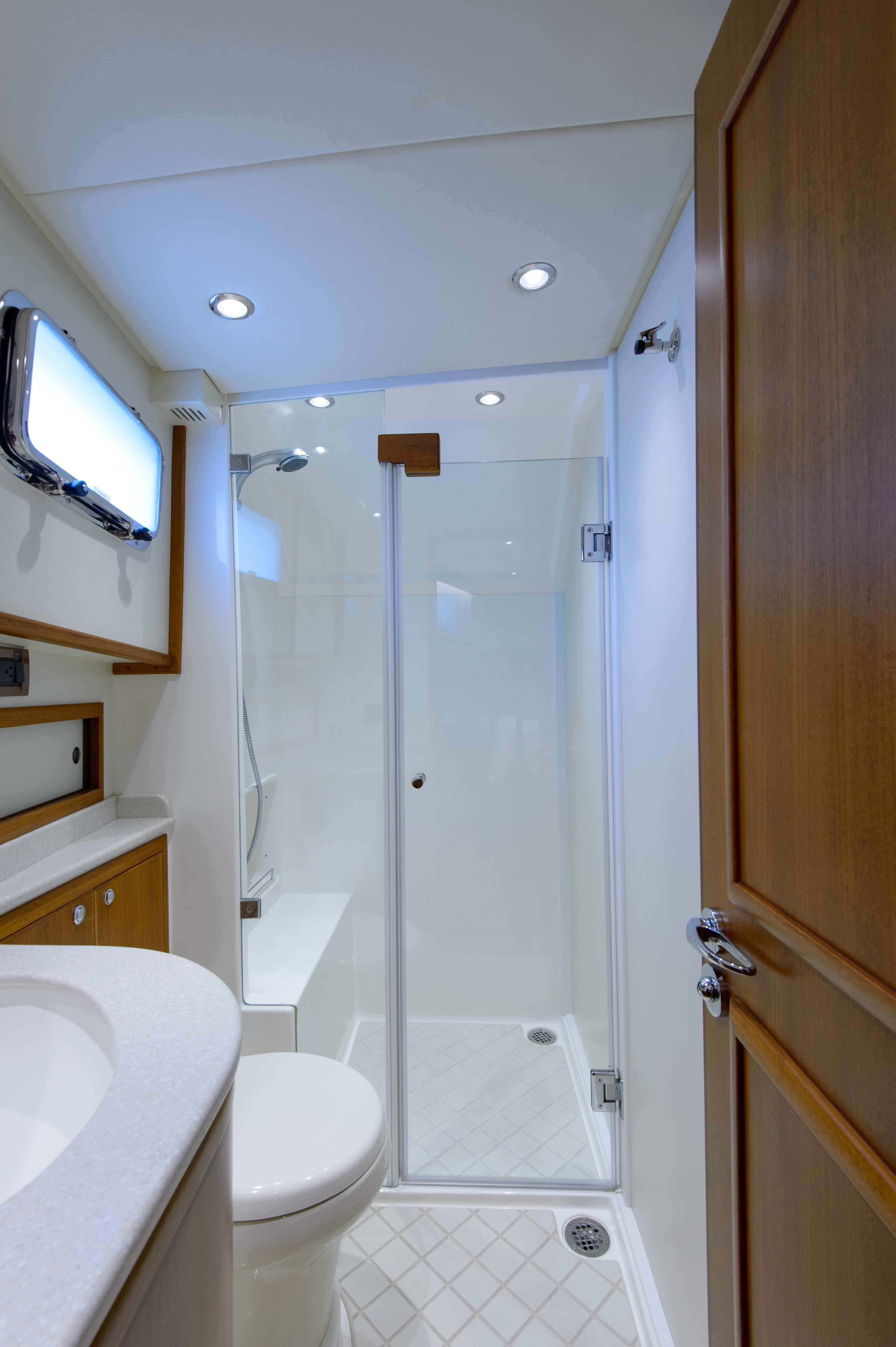 2015 Grand Banks 43 Europa – Yacht Sales and Services