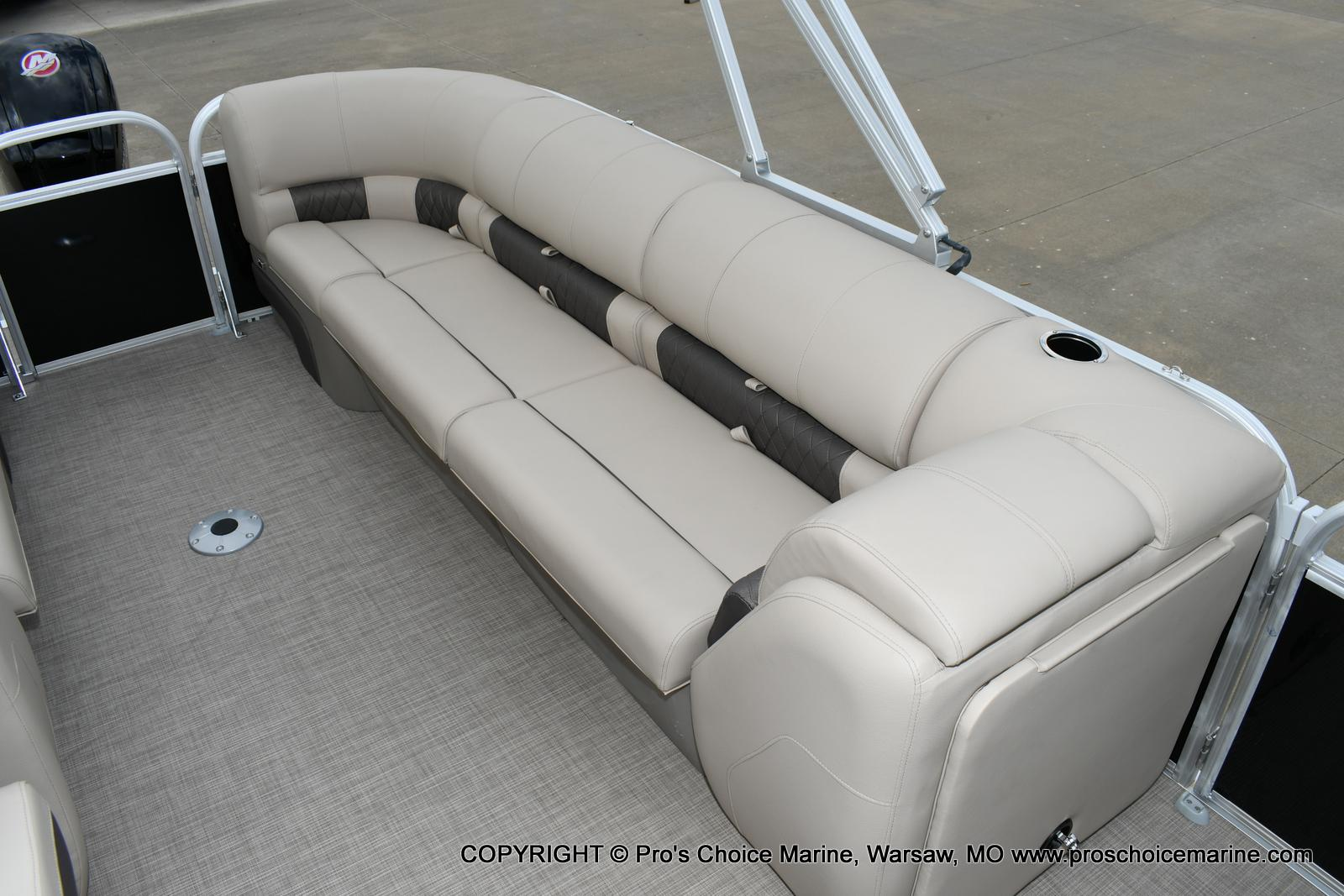 2020 Sun Tracker boat for sale, model of the boat is Party Barge 22 DLX & Image # 48 of 50