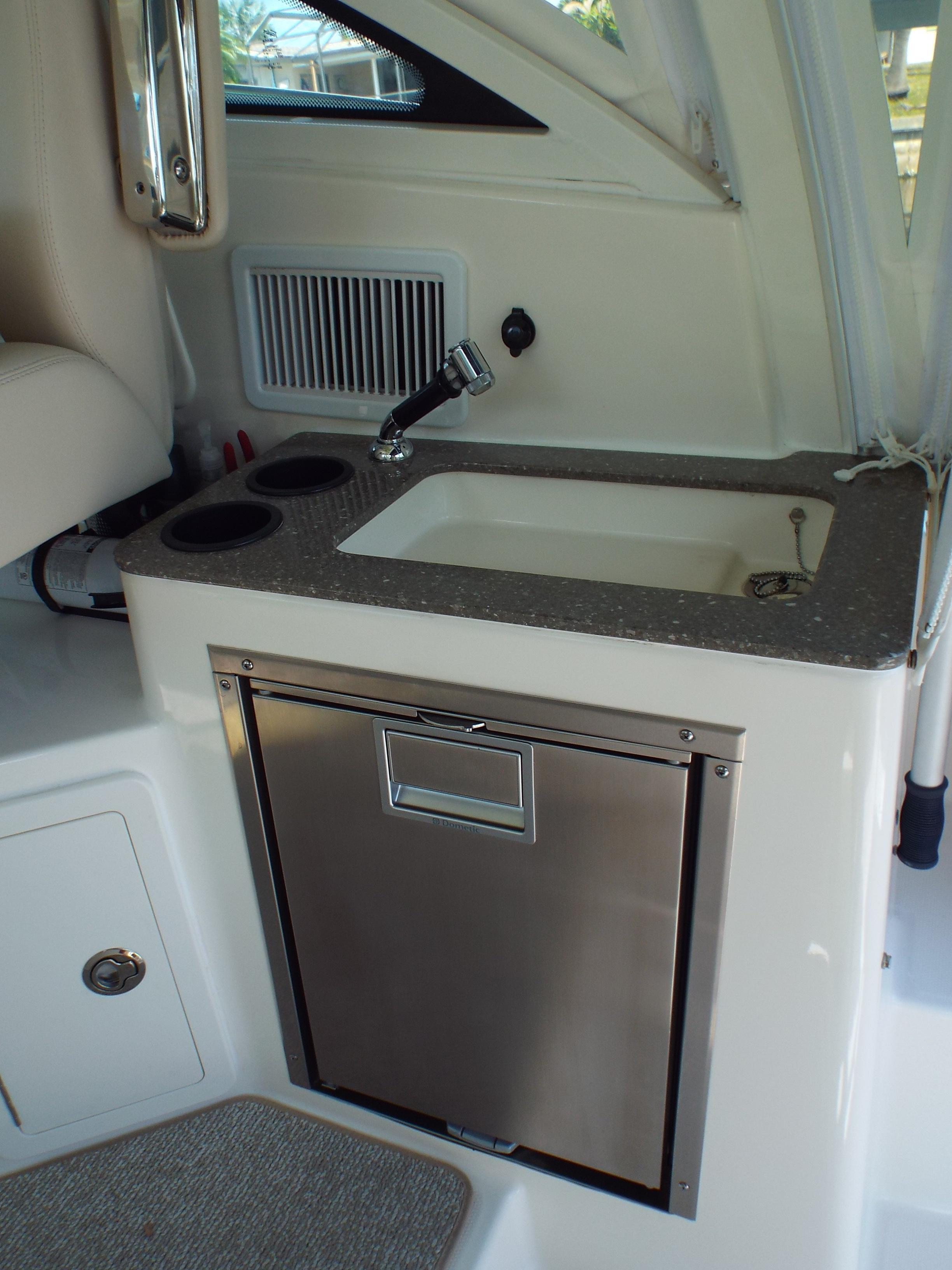 Cockpit Wet Bar and Refrigerator