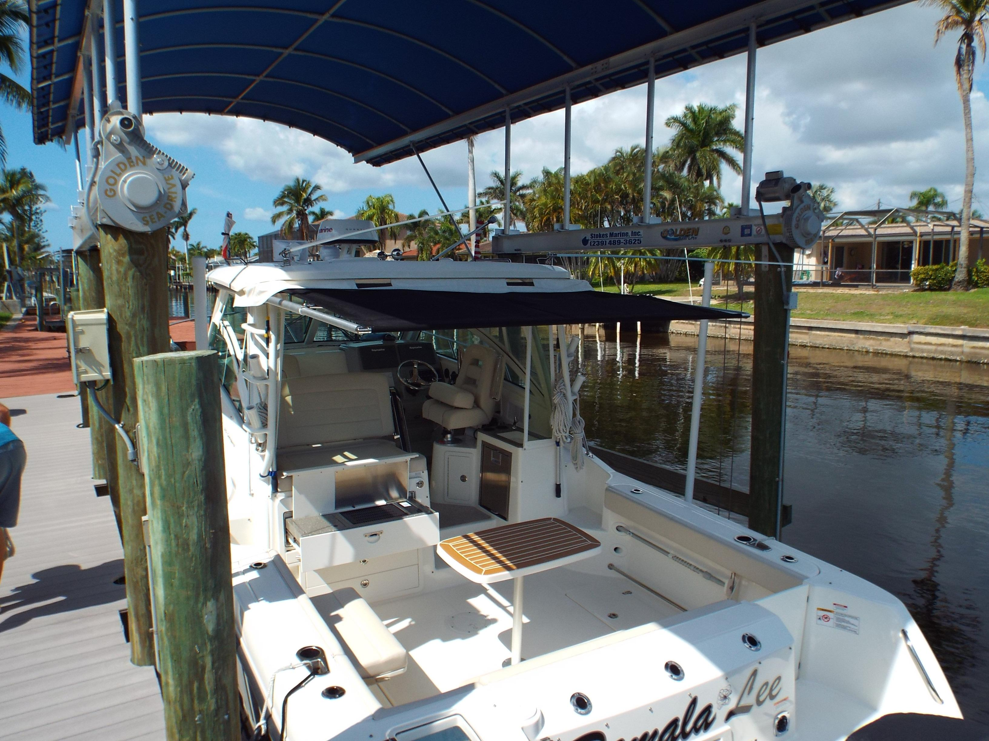 Roll Out Cockpit Bimini  Shade1
