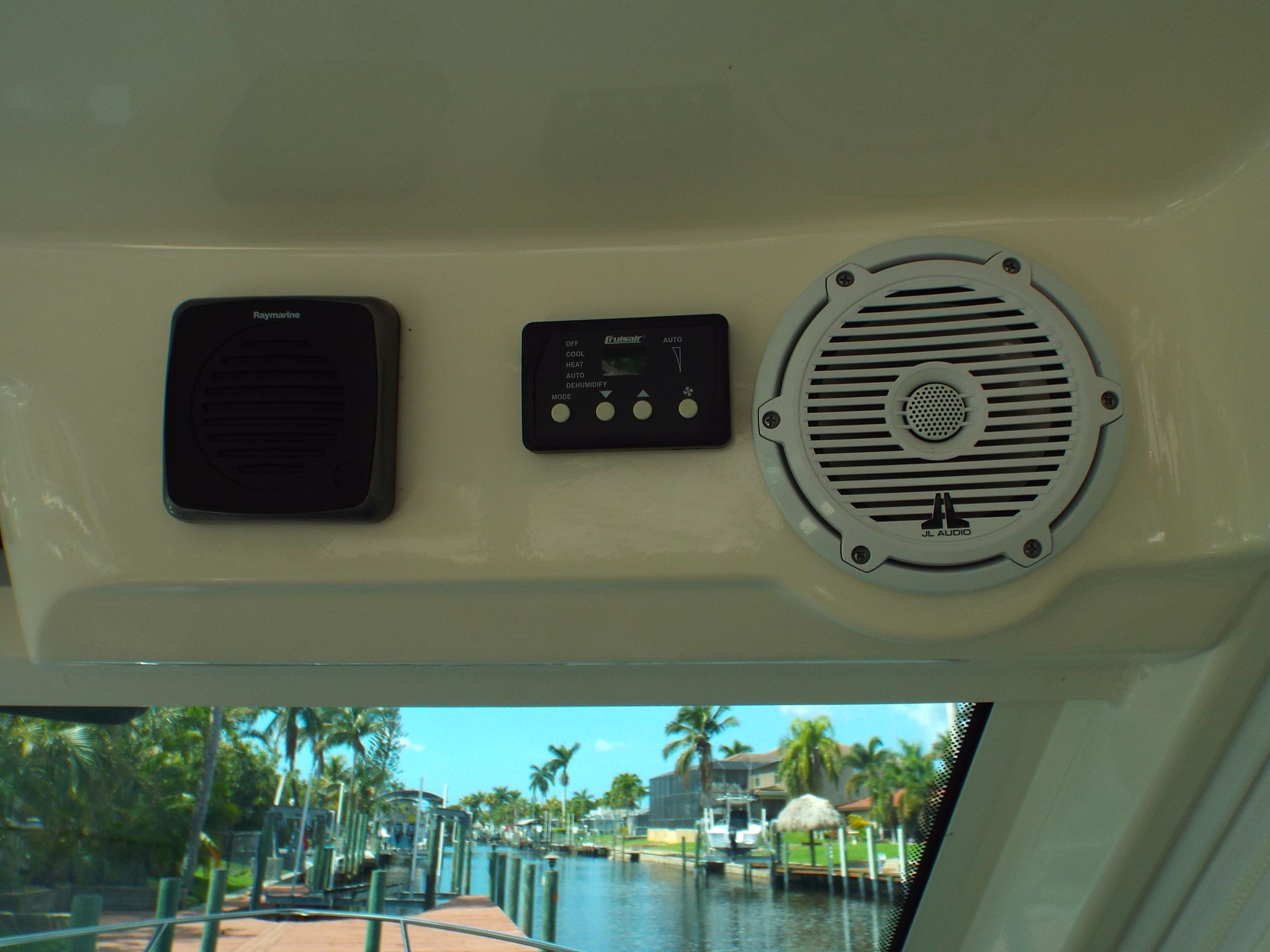 VHF Speaker/A/C Controller/ Speaker
