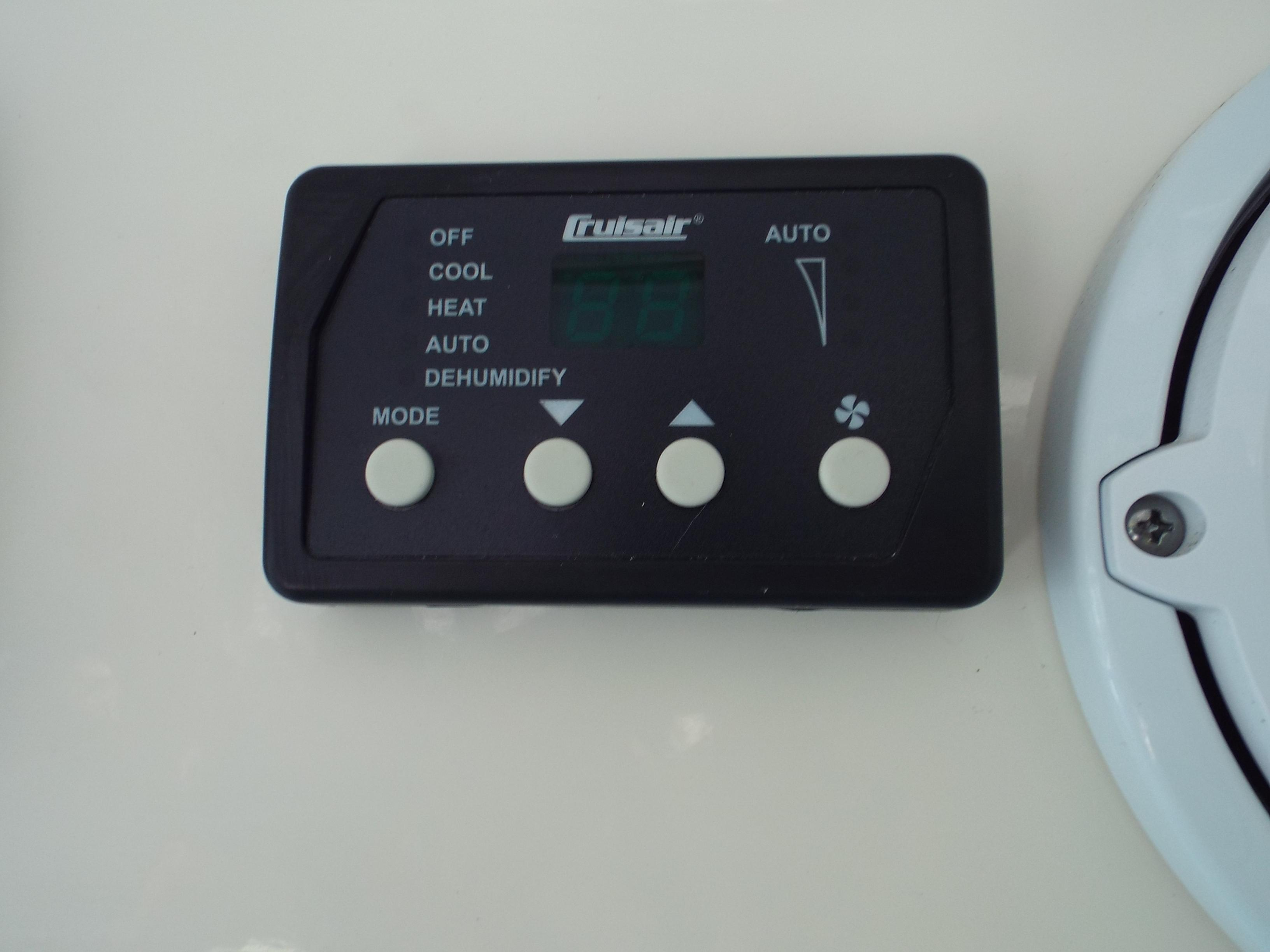 Helm Air Conditioning Controller