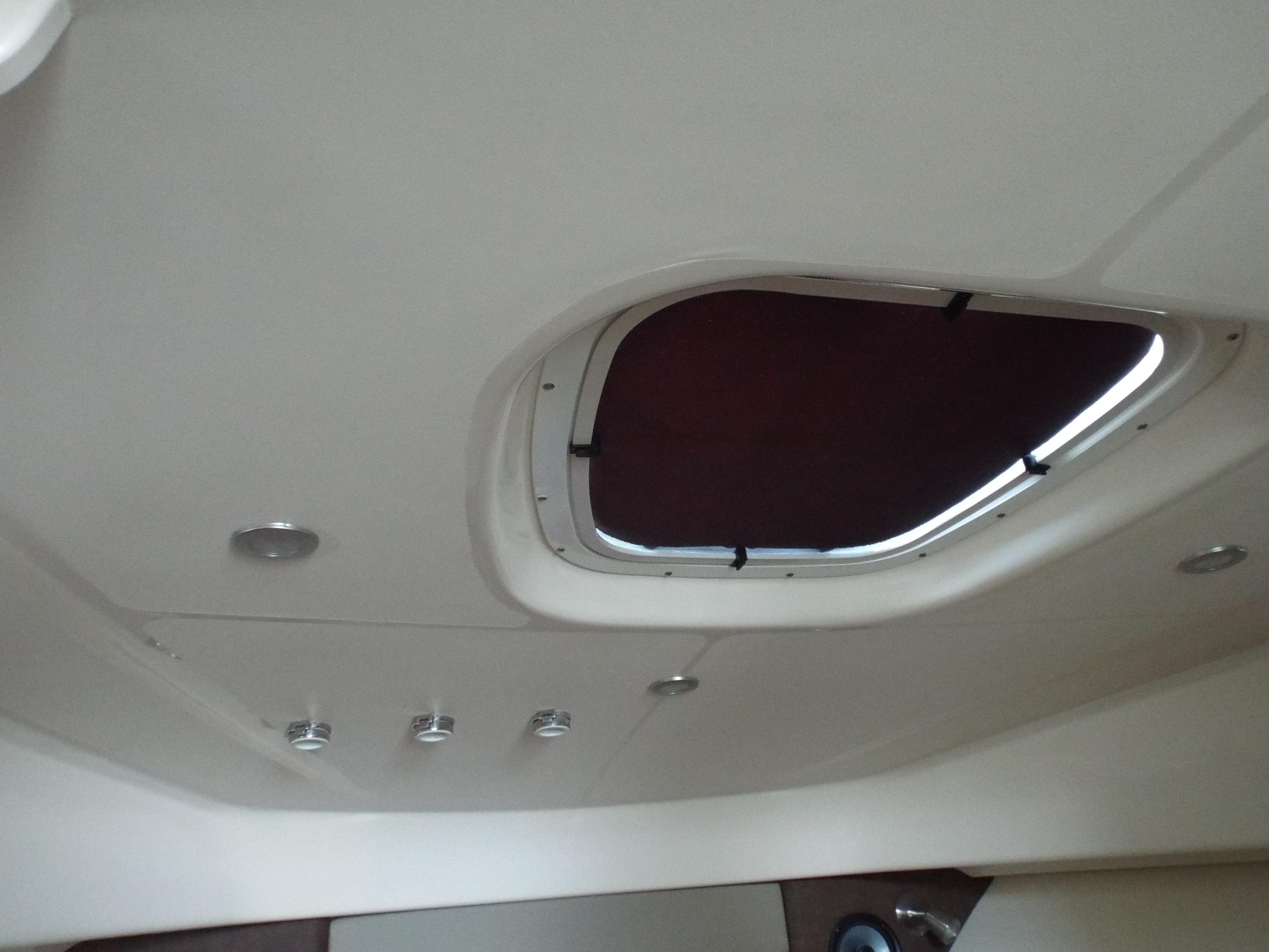 Cabin Hatch with Screen
