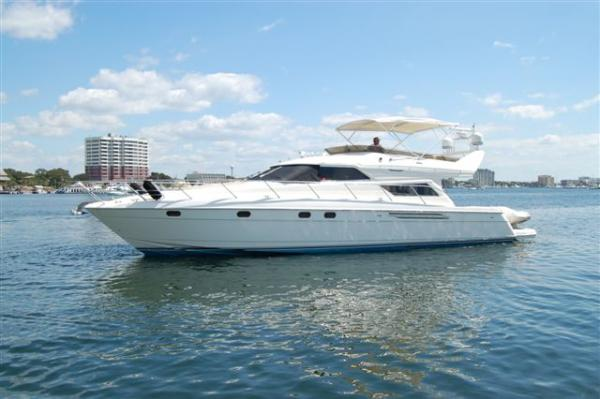 Viking Sport Cruisers/Princess 60 Flybridge Motor Yachts