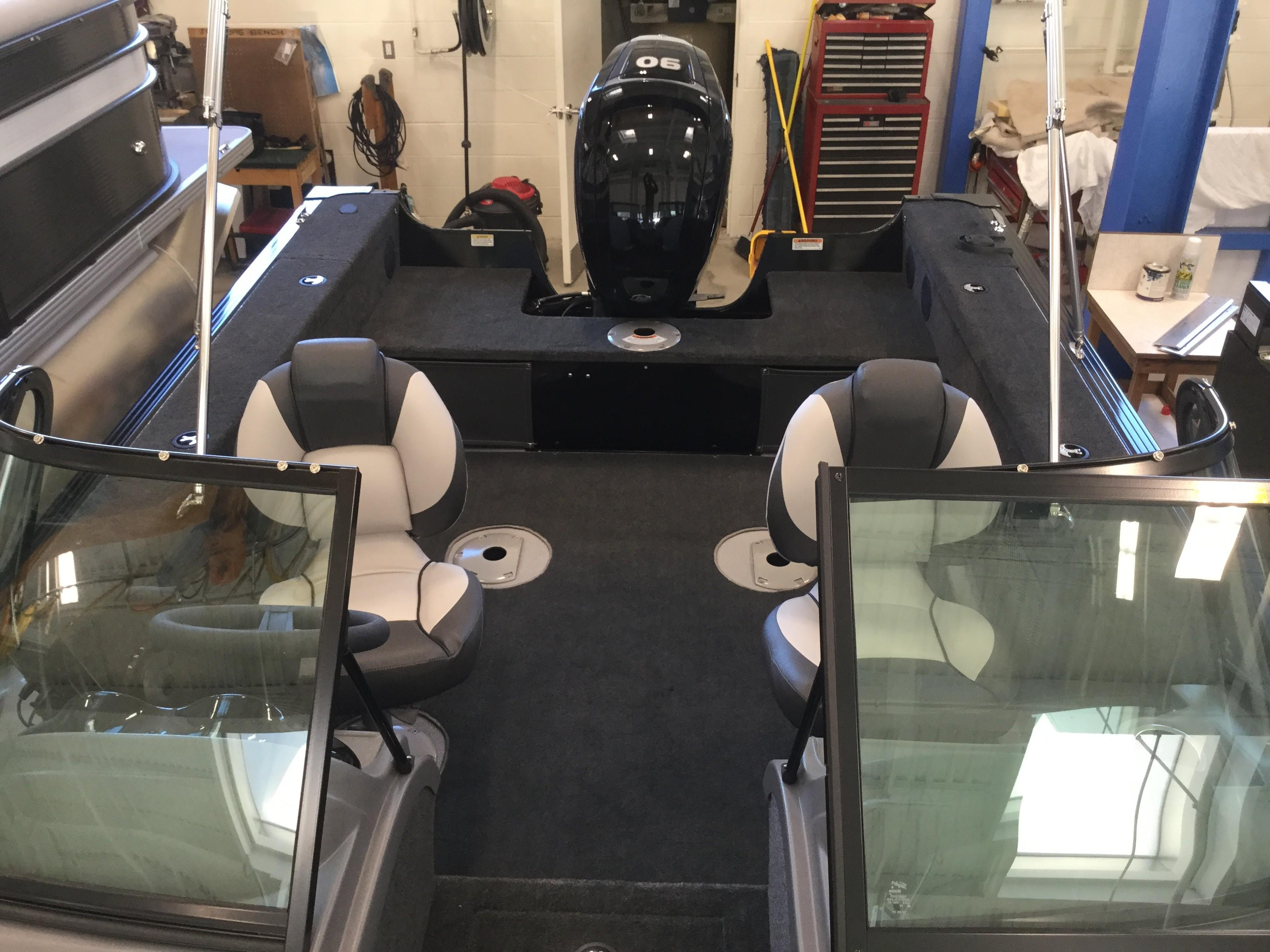 2019 Smoker Craft boat for sale, model of the boat is 172 Pro Angler & Image # 4 of 12